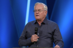"""Bill Hybels' Willow Creek church tells women: """"We believe your allegations about Bill"""""""