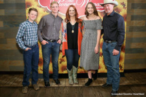 'The Pioneer Woman': Ree Drummond Explains the Story Behind the Cross at Alex Drummond's Wedding